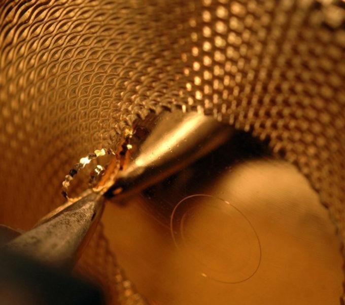 (image) Forme et texture dorée