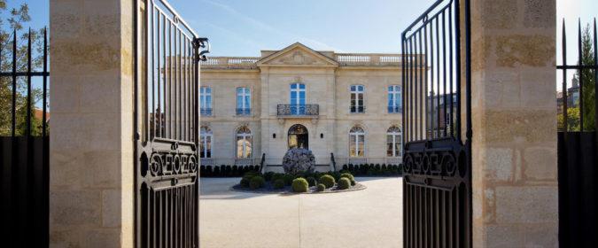 (image) façade du Grand hôtel de Bordeaux