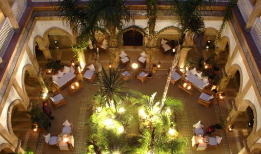 (image) Façade du Palais L'Heure Bleue à Essaouira